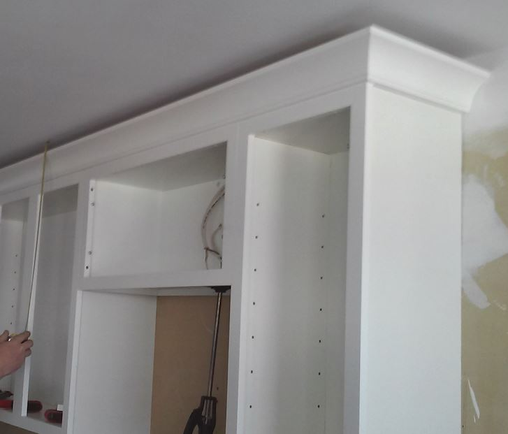 Ceilings That Are Not Level And Crown Molding Kitchen
